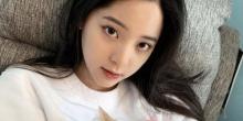 和平精英晚玉与人气明星欧阳娜娜一起组CP,酷炫特斯拉皮肤全网首秀 !..